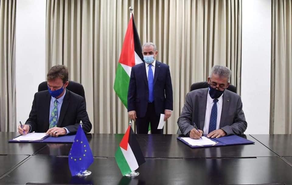 الاتحاد الأوروبي والحكومة الفلسطينيه يطلقان ثلاثين مشروع بنية تحتية في غزة بقيمة 10 ملايين يورو